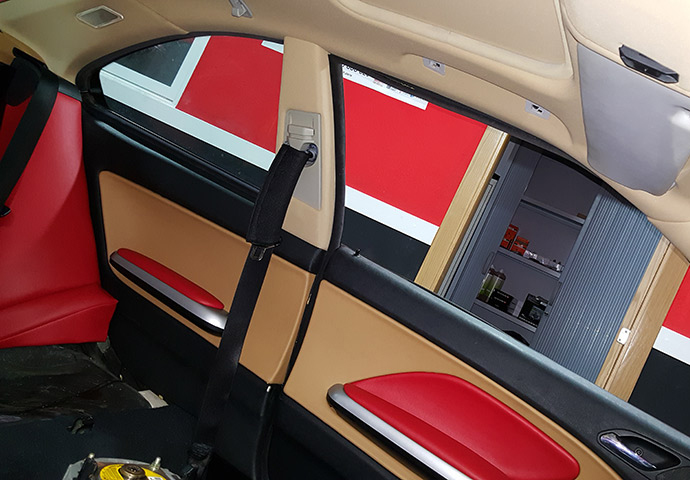 Galeria de asientos de coches tapiceria coche valencia - Tapiceros de coches en murcia ...