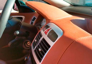 Galeria de salpicaderos de coches tapiceria coche valencia for Tapizar asientos coche barcelona